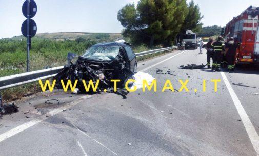 Incidente mortale a Torino di Sangro, scontro auto bisarca