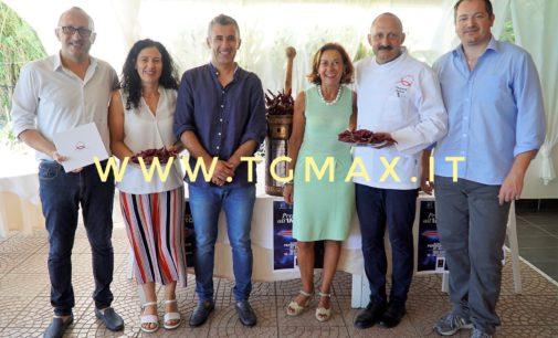 Impronta green all'XI Festival del peperone dolce di Altino, sette contrade si contenderanno il Palio culinario