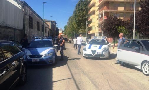 Pescara: blitz anti accattonaggio nell'ex Enaip, Fea e mattatoio