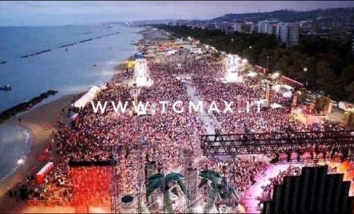 400 operatori delle forze dell'ordine per il Jova beach party: è andato tutto bene, lo dice la questura