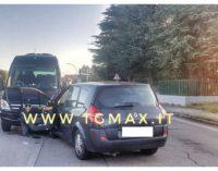 Lanciano: in auto contro il minibus, nessun ferito