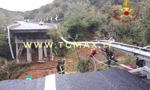 Maltempo: crolla tratto viadotto A6 Savona Torino, nessun mezzo coinvolto