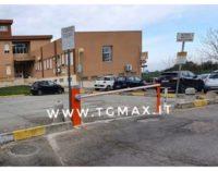 Ospedale Renzetti: una sbarra al parcheggio impedisce l'ingresso ai dializzati, la protesta