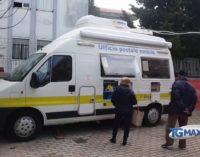 Fossacesia, due mesi dopo l'assalto c'è ancora l'ufficio postale mobile