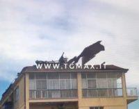 Vento forte, danni a Lanciano con tetti scoperchiati, cornicioni pericolanti e alberi caduti