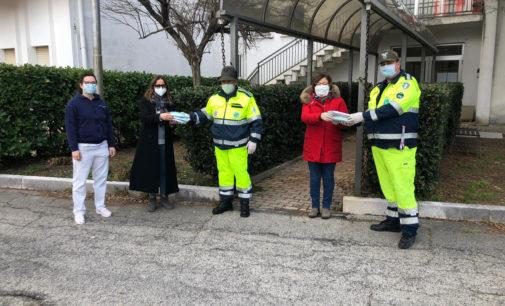 Solidarietà: dagli alpini le mascherine per due case di riposo, a Lanciano e Villa Santa Maria