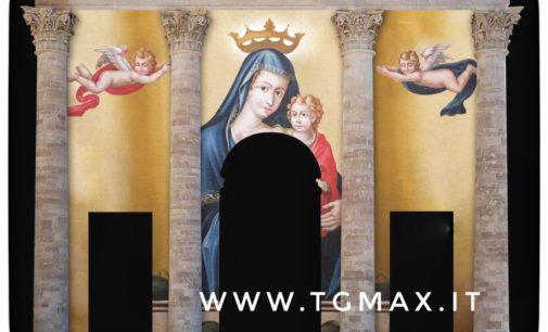 Lanciano: le immagini della Madonna del Ponte proiettate sulla facciata della cattedrale