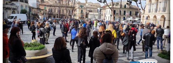 Lanciano, lo sport manifesta in piazza contro la chiusura delle palestre