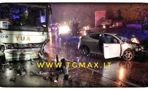 Incidente stradale sul Ponte Sangro, coinvolti un autobus e due vetture