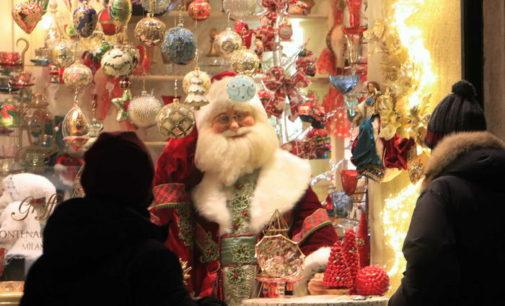 Natale e Capodanno a casa con i tuoi: ecco il nuovo decreto Covid