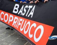 Lanciano: non è festa senza lavoro, flash mob di Fratelli d'Italia