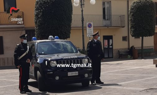 """Atessa: 15 denunciati per violazioni anti-Covid, balli e """"trenino"""" in piazza Garibaldi"""