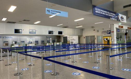 Covid: in quarantena tutti i passeggeri dell'aereo proveniente da Malta, 9 positivi