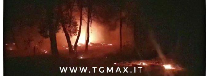 Inferno di fuoco sulla costa d'Abruzzo, attacco di piromani