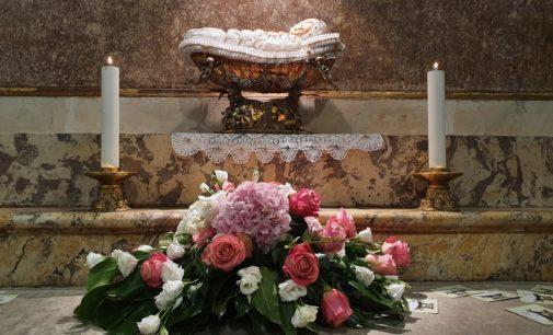 Lanciano senza Dono per il secondo anno consecutivo, Messa pontificale in cattedrale